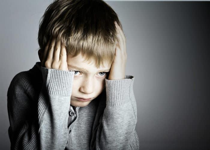 Bullying es la intimidación o acoso de manera física, verbal ó social.