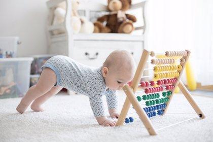 Inculcar a los niños la práctica regular deactividad físicadesde muy pequeños.