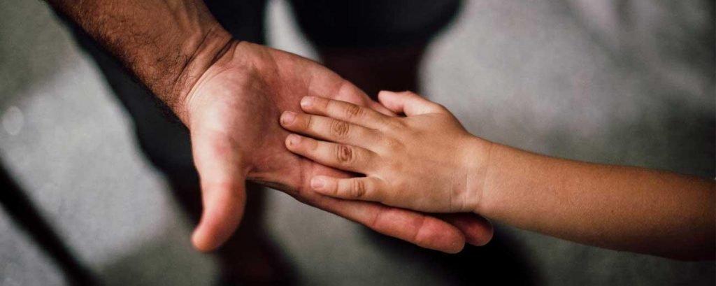 Padres: Líderes no dictadores, los hijos no son propiedad de los padres.